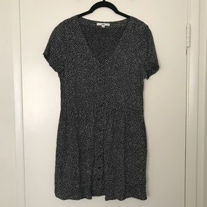 Spotted Shirt Dress with Pockets!